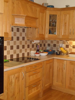 Pippy Oak Fitted Kitchen